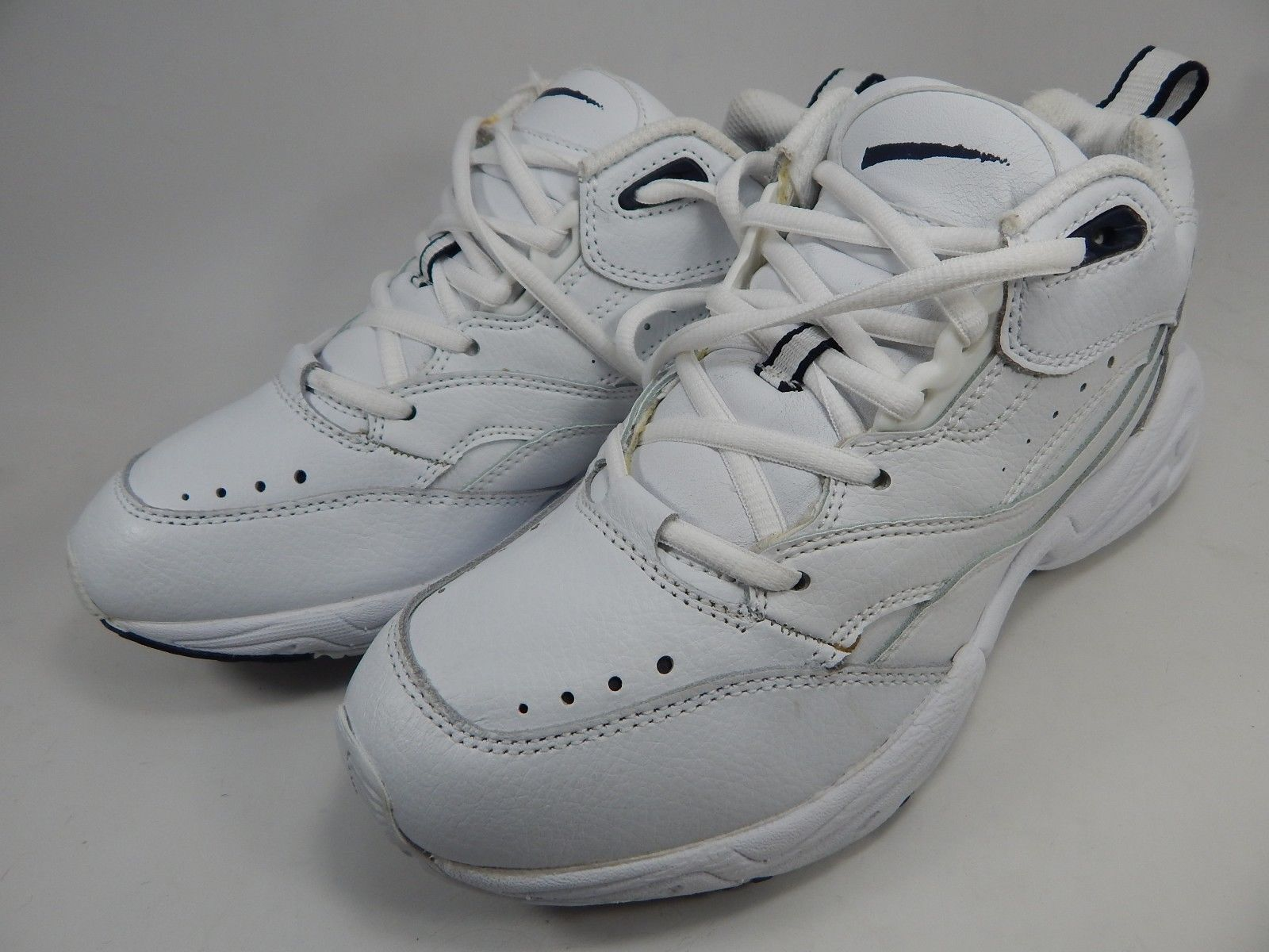 Cross Trekkers Men's Leather Basketball Shoes Size US 8 M (D) EU 41.5 White