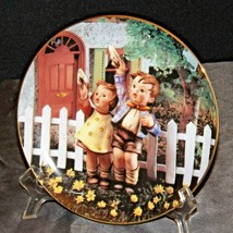 "M.J. Hummal ""Come Back Soon"" Collector's Plate AA20-CP2305AA Little Companions -"