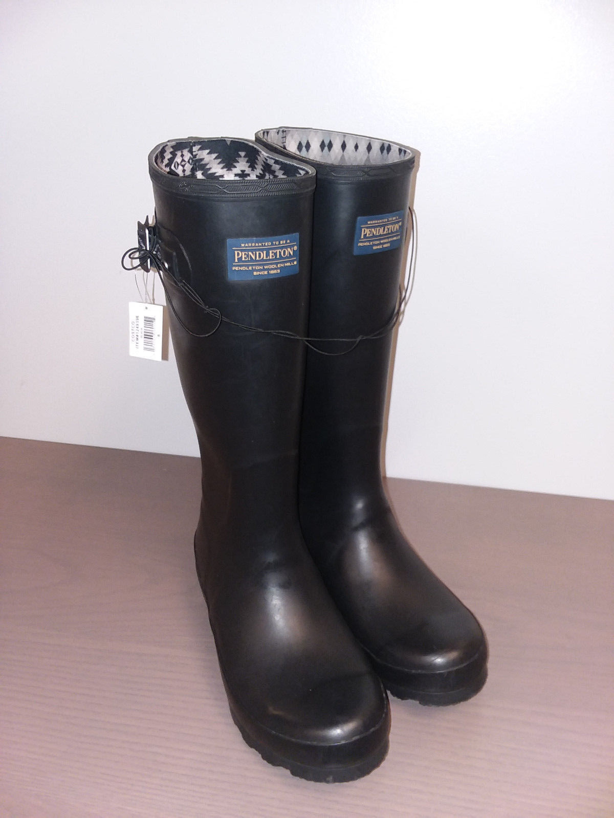 Primary image for NIB Pendleton Women's Classic Rubber Boot, Black, Sz 9