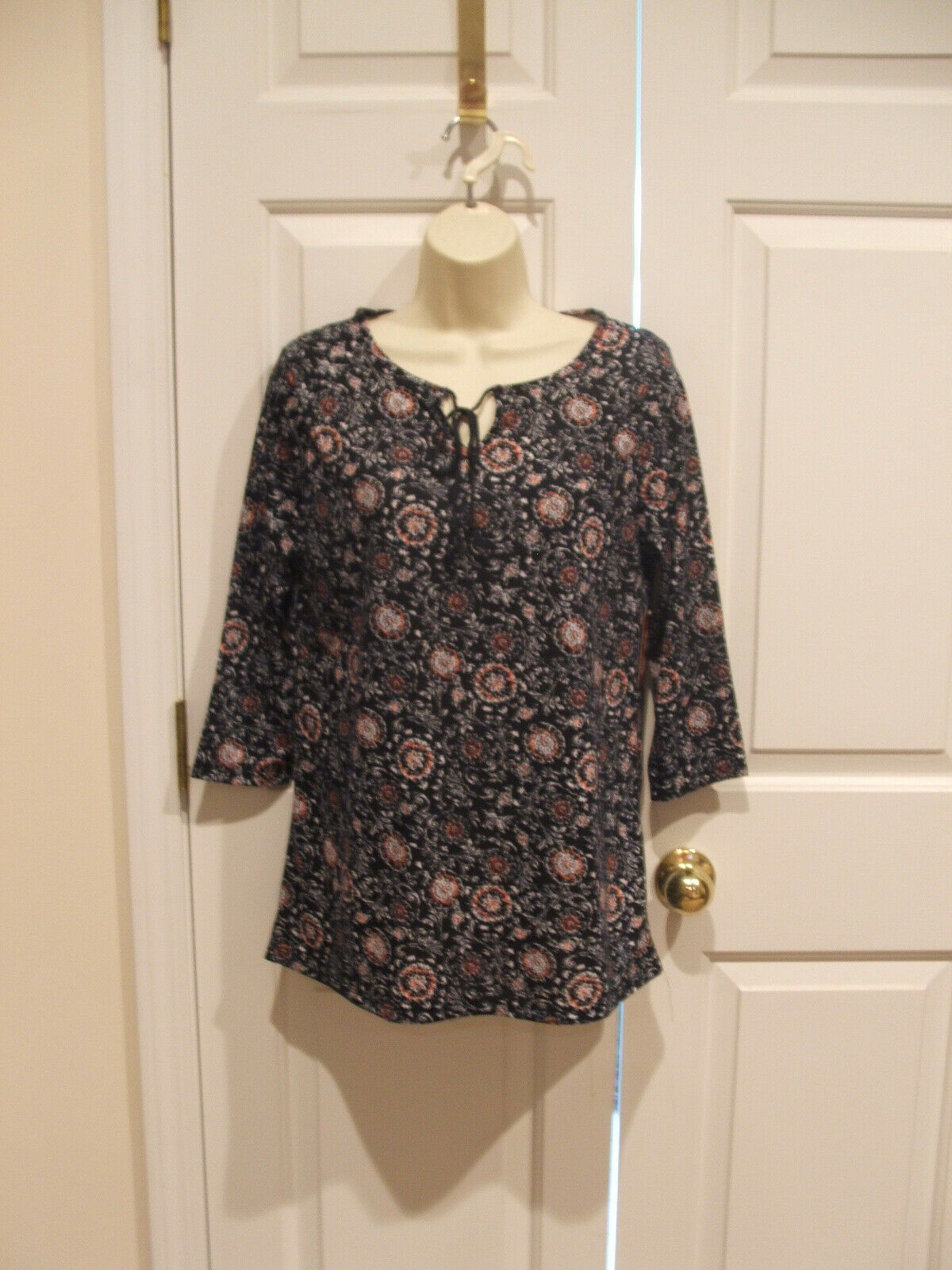 NWT FADED GLORY NAVY PRINT Long Sleeve Knit  TOP SIZE M 8-10