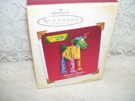 2005 Hallmark Ornament Happy Hues Crayola Crayons - $12.64