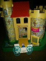 Vintage Fisher Price Play Family Castle Little People Set #993 with Carr... - $59.39