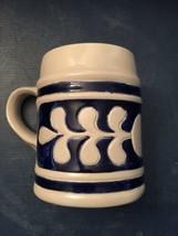 Williamsburg Salt Glazed Pottery Mug 16 Oz Excellent Condition Navy & Gr... - $7.87