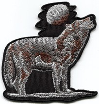 Howling wolf full moon wolves embroidered applique iron-on patch S-1554 - $3.70 CAD