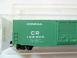 Micro-Trains # 18000230 Conrail 50' Standard Boxcar N-Scale image 2