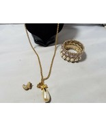 Vintage Fashion Jewelry Set Gold Tone Faux Pearl Necklace Pendant Bracel... - $27.89