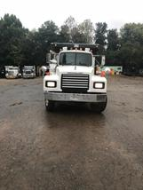 2001 Mack For Sale in Acworth, Georgia 30101 image 2