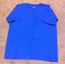 Men's Hanes T-Shirt--Size 2XL--Blue - $2.99
