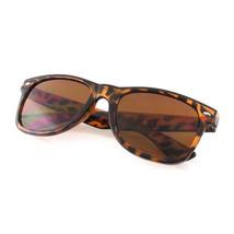 24.4ms Nuevo Vintage Clásico Retro Gafas de Sol Moda Todos los Colores - $4.47+