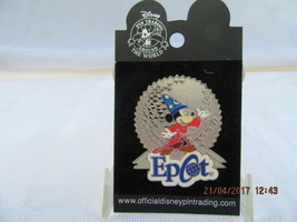 WDW 2002 MICKEY MOUSE WITH SPACESHIP EARTH PIN - $6.99