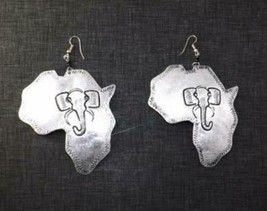 Large Silver Africa Map/Safari Drop Dangle Earrings - $10.00