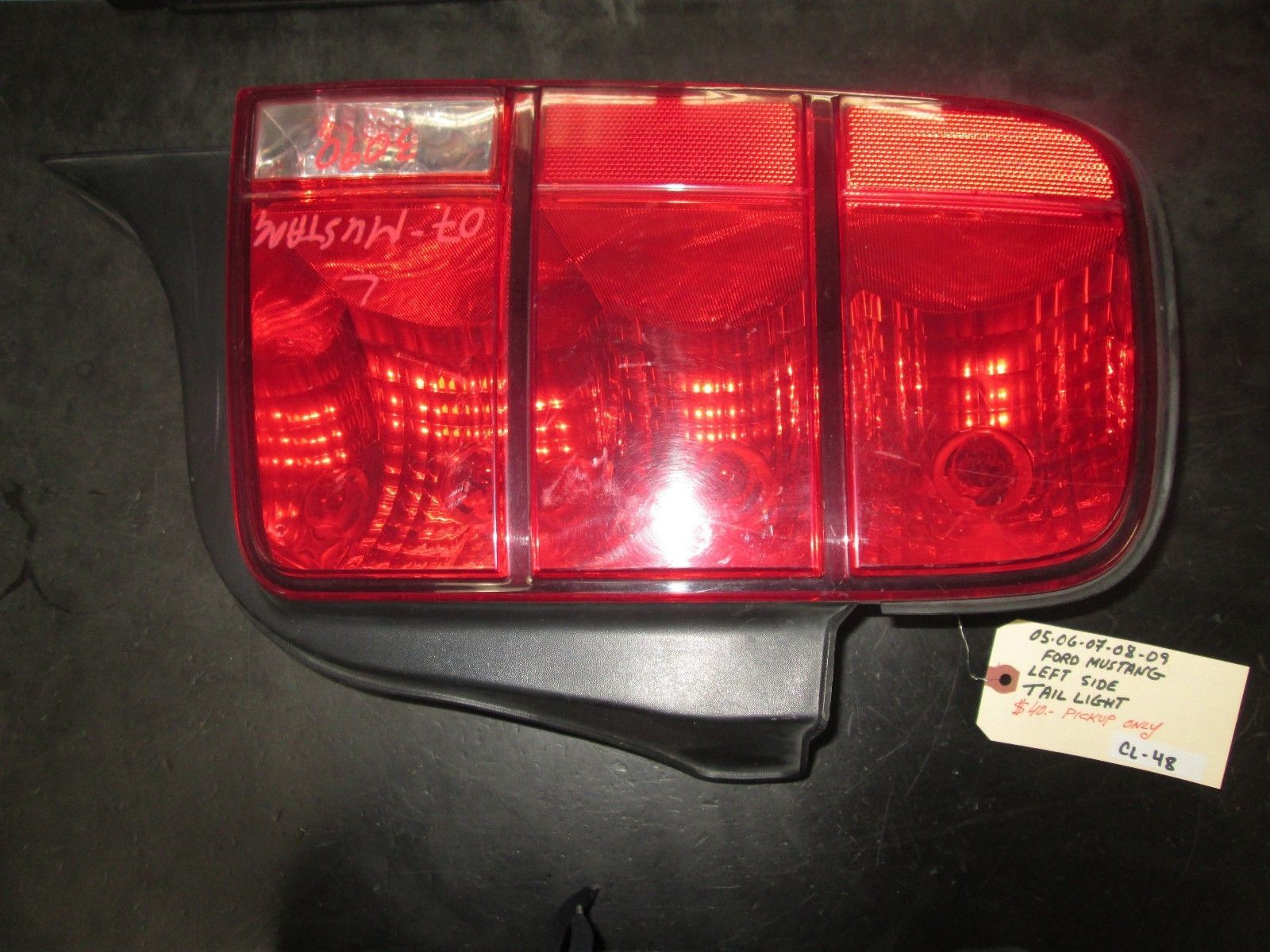 Primary image for 05 06 07 08 09 FORD MUSTANG LEFT SIDE TAIL LIGHT