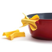 Monkey Business Pasta Shape Silicone Pot Holder Oven Mitts and Lid Lifte... - $15.84