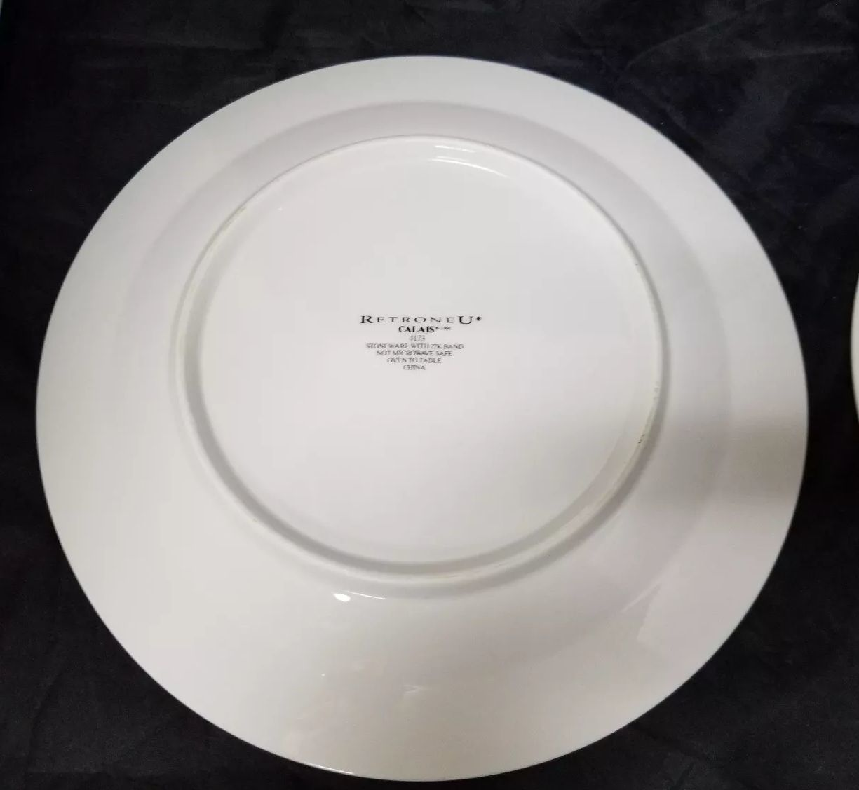 """Retroneu Calais Dinner Plates Set of 2, 10.5"""" White w Gold Trim 4173 image 9"""