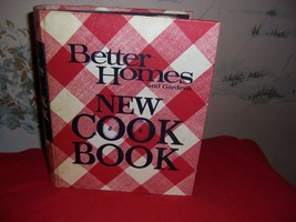 Vintage Better Homes and Gardens New Cookbook-60's 5 ring binder hardcover - $31.68