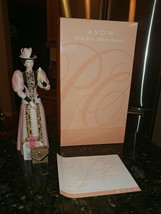 Vintage 2004 Mrs. Albee Porcelain Figurine Avon Presidents Club Award w/Box - $28.99