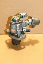 06-10 Lexus IS250 IS350 GS350 GS430 GS450h Engine High Pressure Fuel Pump HPFP image 1