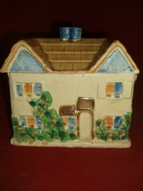 """Vintage Made In Japan Trinket Box House  Roof  lifts off 7"""" x 6"""" x 4 3/8... - $19.34"""