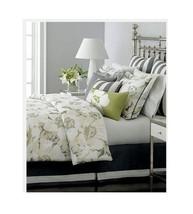 Martha Stewart Collection Sunshine Poppy 3 Piece Decorative Pillow Set $100 - $384,86 MXN