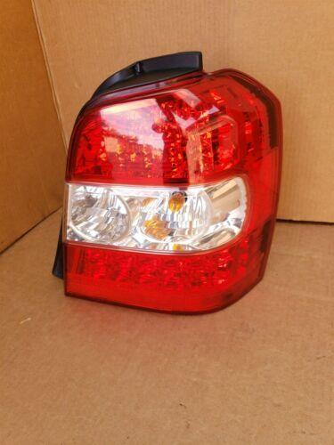06-07 Toyota Highlander Hybrid LED Tail Light Lamp Passenger Right - RH