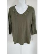 Karen Scott Women's 3/4 Sleeve V-Neck Grommet Olive Top Size Medium - $20.57