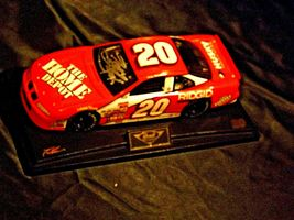 Revell #20 Autographed Tony Stewart Collector's Club AA19-NC8072 Adult Collectib image 7