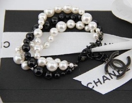 100% Authentic CHANEL CC LOGO WHITE BLACK PEARL MULTI STRAND CHAIN BRACELET