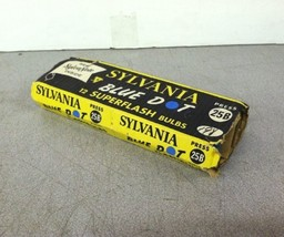 QTY12 Lot Vintage Sylvania SL1-25B-3G Blue Dot Superflash Bulbs - $30.00