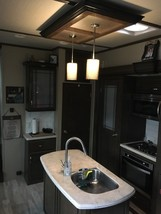 2018 Grand Design SOLITUDE 374TH For Sale In Tallahassee, FL 32303 image 4