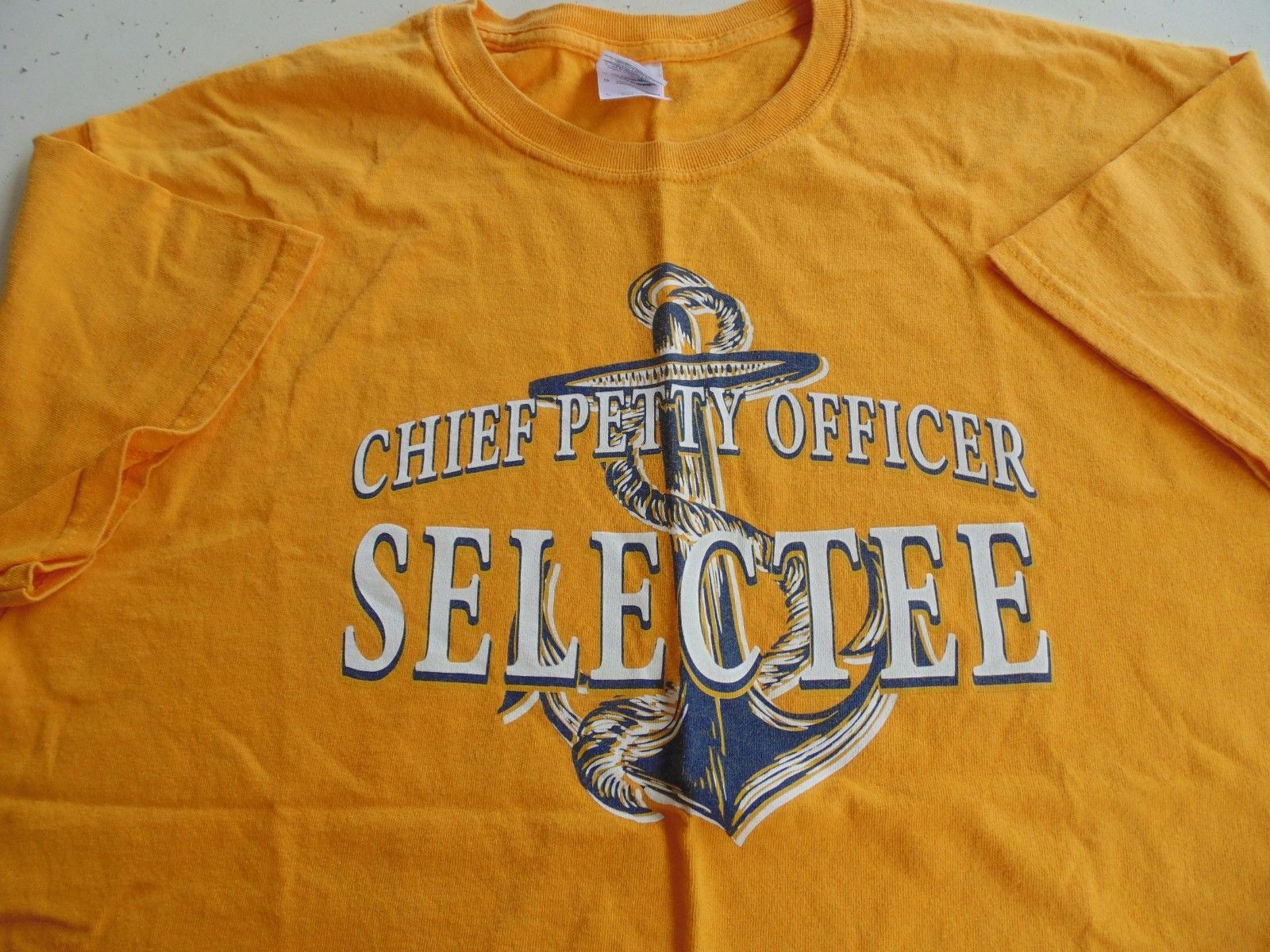 USN US NAVY CPO SELECTEE ACADEMY PEARL HARBOR YELLOW ATHLETIC PT S/S T-SHIRT LG - $14.84