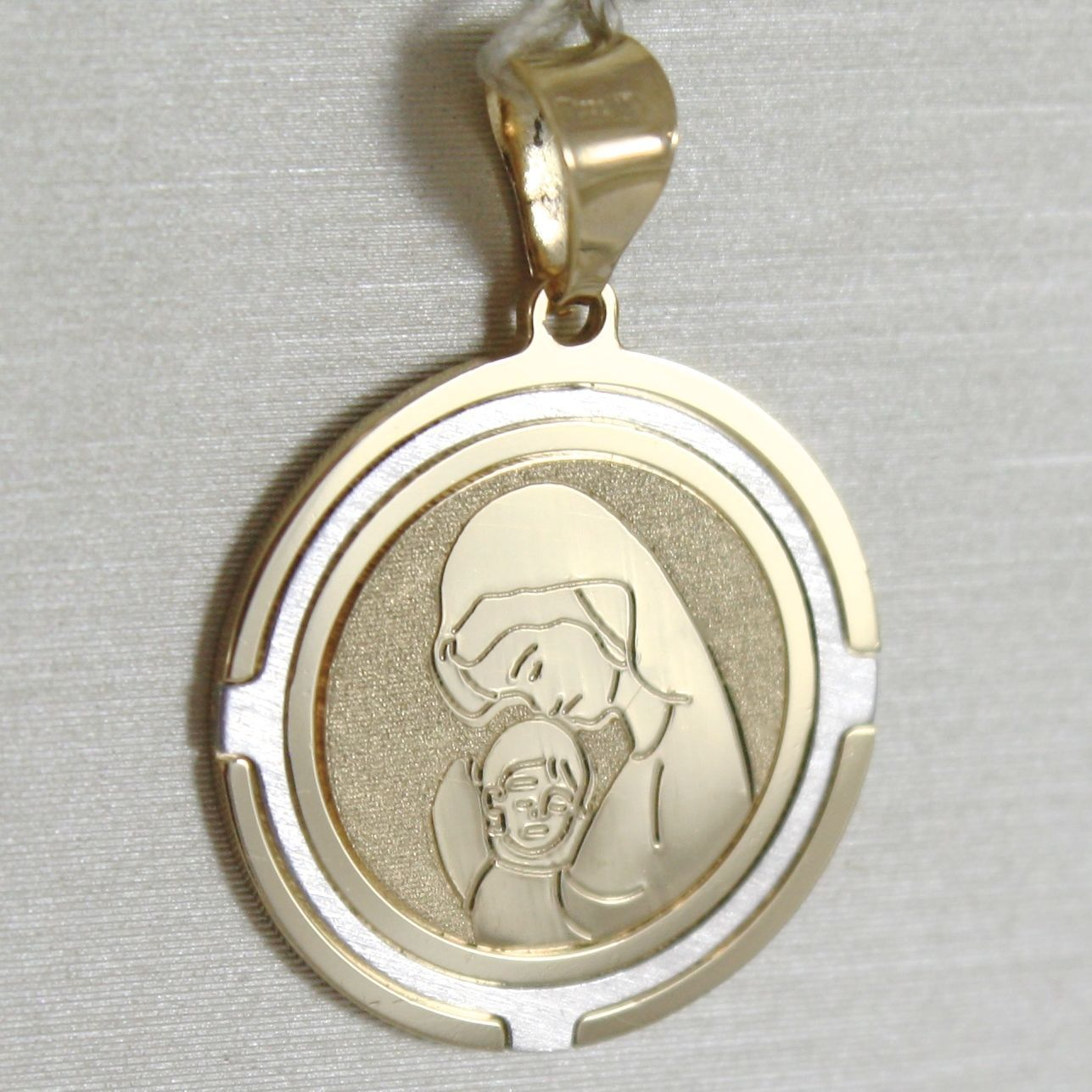 18K WHITE AND YELLOW GOLD MEDAL STYLIZED VIRGIN MARY AND JESUS MADE IN ITALY