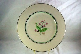 "Syracuse 1967 Coralbel Large Dinner Plate Old Ivory Line 10 1/4"" - $7.61"