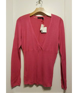 THE LIMITED V-neck Soft Fitted Sweater Top, 100% Rayon, Pink, Size M, NWT - $44.99