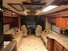 2007 Fleetwood American Eagle For Sale In Conroe, TX image 3