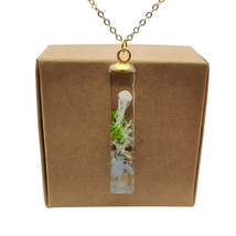 Jellyfish 3D Seabed Undersea Glow In The Dark Cube Resin Pendant Gold Co... - $21.46