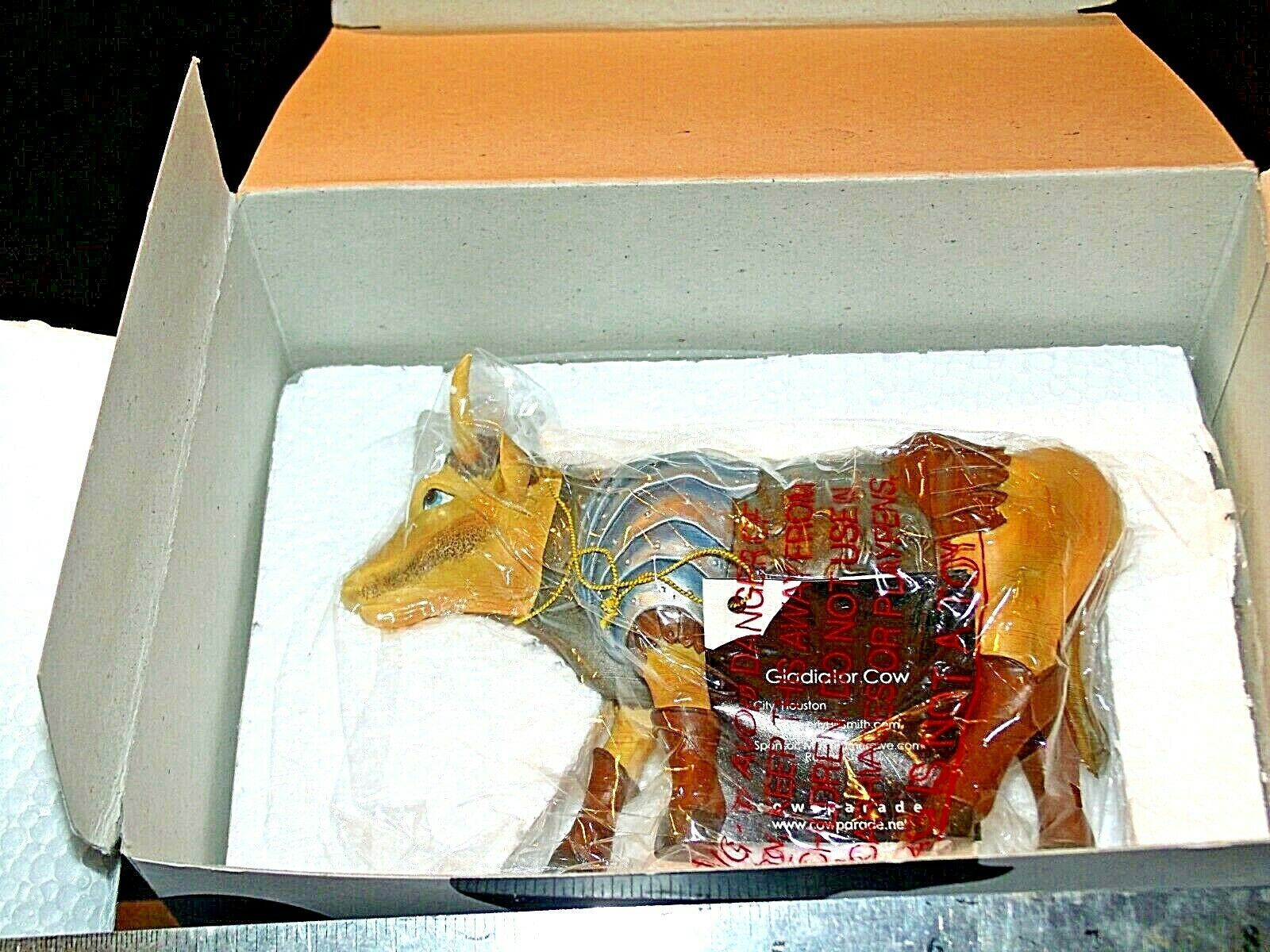 CowParade Gladiator Cow Item # 7249 Westland Giftware AA-191879 Vintage Collect