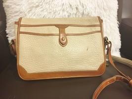 Vintage Dooney & Bourke Cream Off White All Weather Leather Shoulder Bag - $14.89