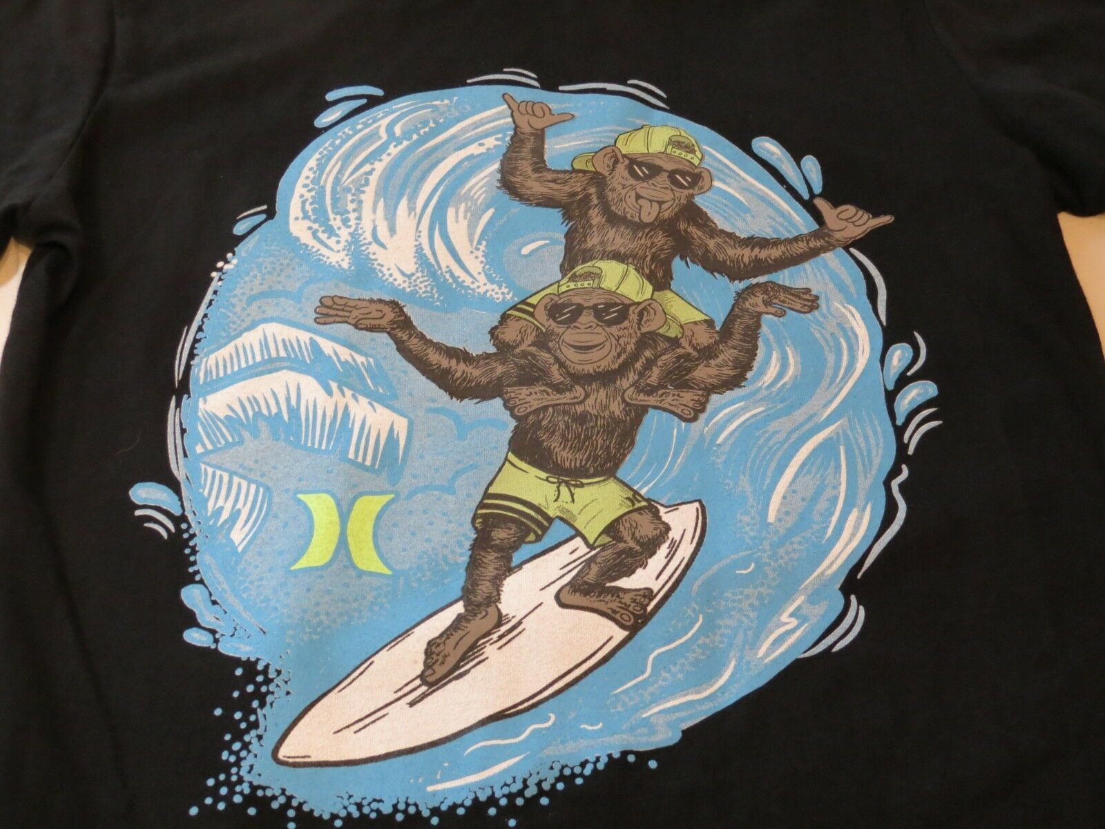 Hurley Boys youth short sleeve t shirt XL 13-15 Years 983007-023 Black Monkeys