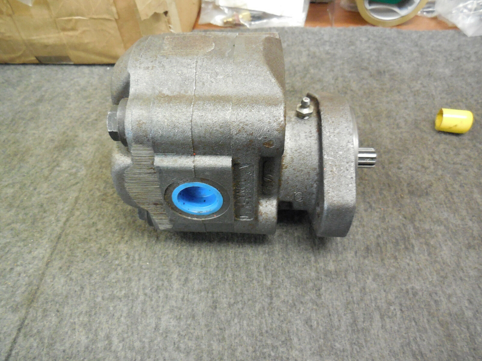 LYNCH HYDRAULIC PUMP LA-1685-3 NEW