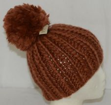 Simply Noelle Fall Winter Hat Large Pom Pom Two Large Buttons image 3