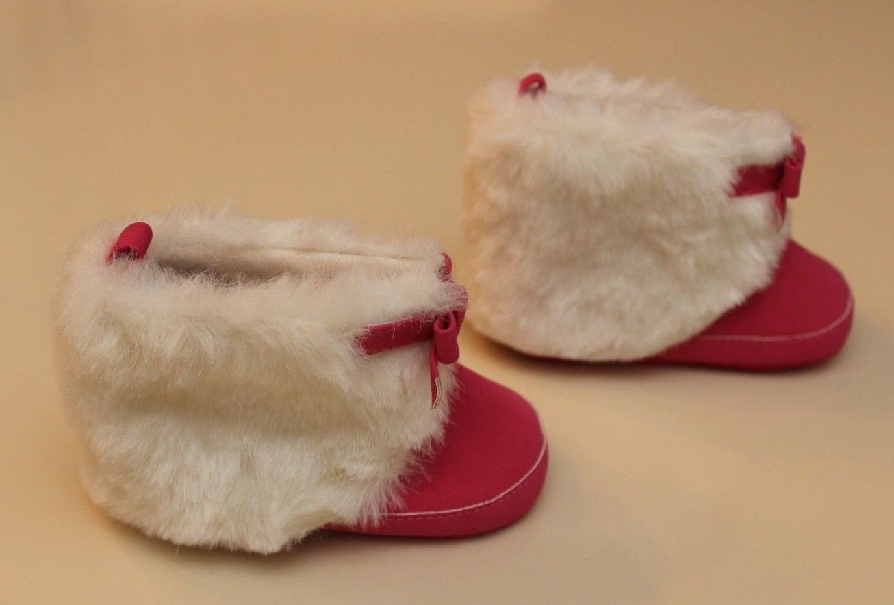 Old Navy Infant Size 3 (6-9 Months) Pink Booties Boots Bow White Faux Fur