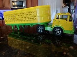 Vintage Hubley Kiddie Toy Plastic Cattle Semi Truck & Trailer Yellow Green - $49.82