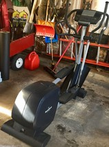 Elliptical Trainer Nordictrack CX-1050 Slightly Used & in Great Condition - $193.05