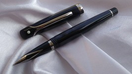 VINTAGE SHEAFFER VALOR FOUNTAIN PEN BROAD NIB MARBLE BLUE MADE IN ITALY - $269.92