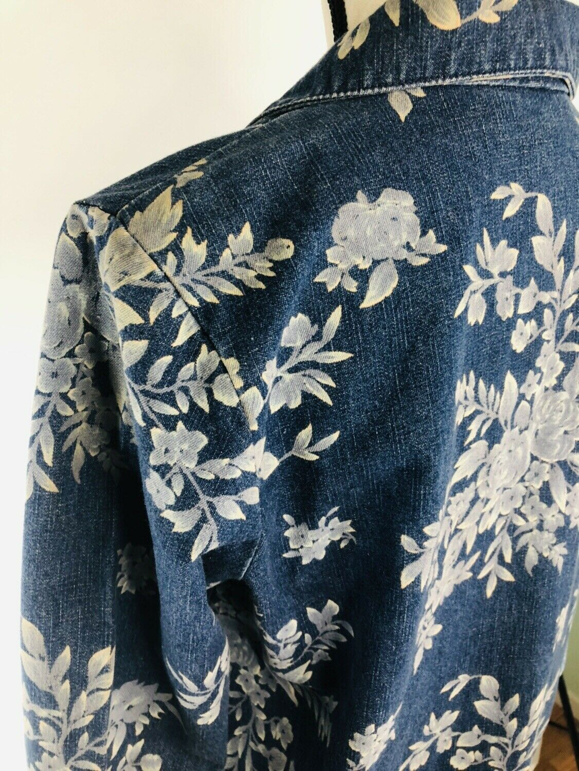 DENIM & CO Women's Jacket Blue Jean Floral Rose Flower Graphics Size Small $75