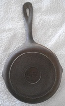 "Vintage Benjamin and Medwin Cast Iron Skillet Fry Pan 6 1/2"" - $9.49"