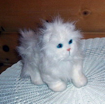 "FurReal Friends Plush 9"" Sound & Walking Action Furry White w/ Blue Eyes... - $8.89"