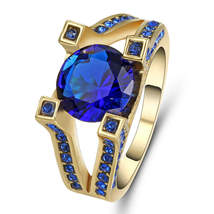 ROYAL BLUE GEM WEDDING RING  **SZ 8.9**  #10099  >> COMBINED SHIPPING - $6.75