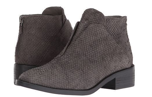 Eileen Fisher – Tuck Textured Siped Almond Toe Bootie Sz 5.5
