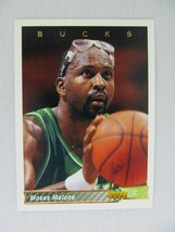 Moses Malone Milwaukee Bucks 1992 Upper Deck Basketball Card 301 - $0.98